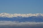 La boira a la Plana i els Pirineus nevats des del Pla de laCalma